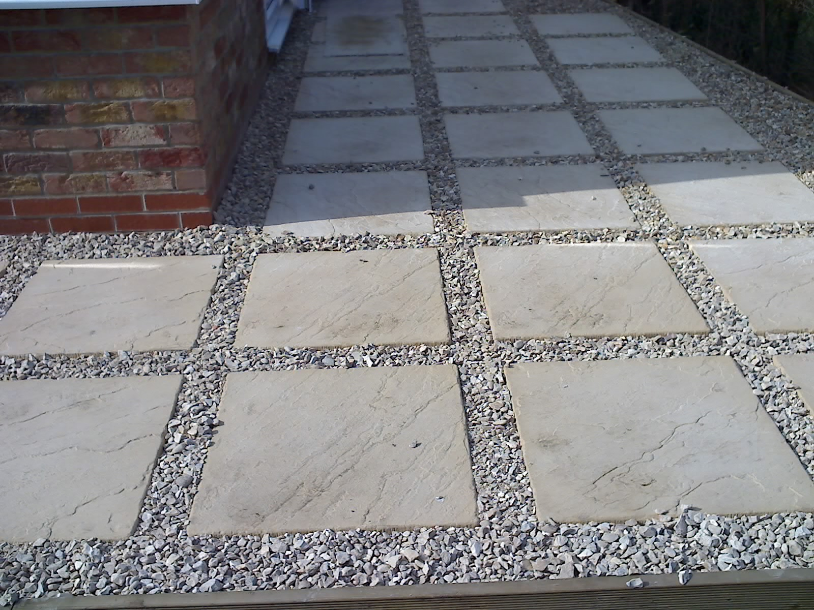 slab and pebble patio